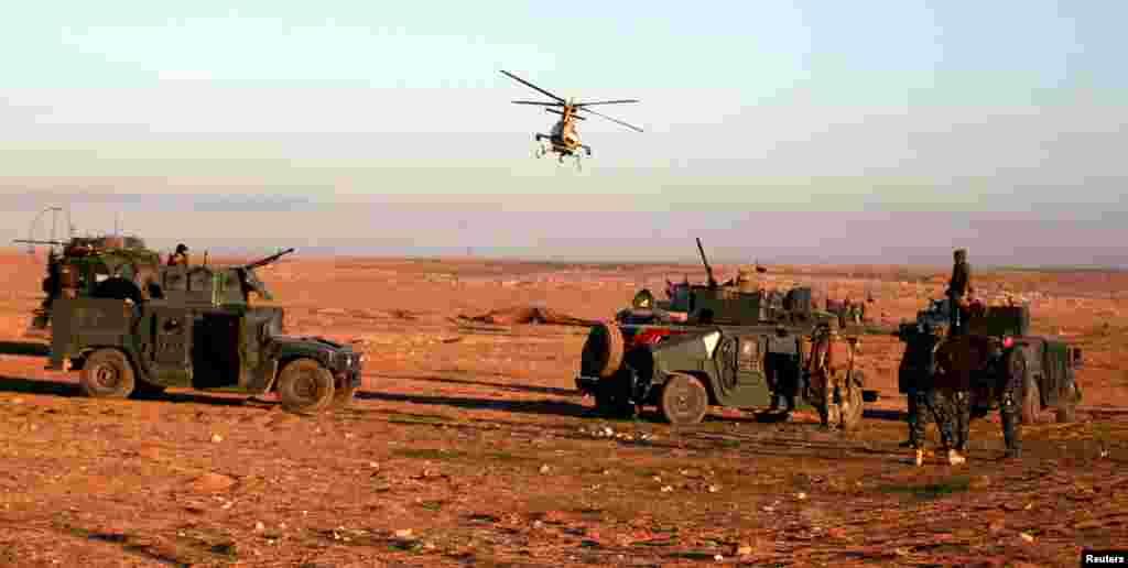 عراقی فورسز کو اتحادی افواج کی فضائی مدد بھی حاصل ہے۔