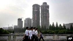 Situasi di Romyong Street, Pyongyang.