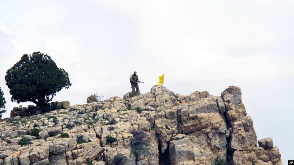 حزب اللہ کا ایک جنگجو (فائل فوٹو)