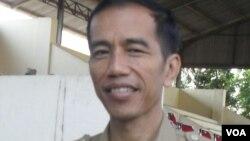 Walikota Solo, Joko Widodo, digugat warga karena maju dalam pemilihan gubernur sebelum masa jabatan habis. (VOA/Yudha Satriawan)