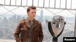 """Tom Holland, pemeran Spiderman, ikut membintangi film """"The Devil All the Time"""" bersama pemeran superhero lainnnya, Robert Pattinson (Batman) dan Sebastian Stan (Winter Soldier). (Foto: dok)."""