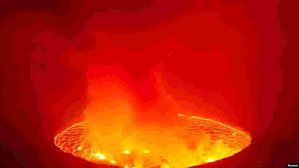 فعالیت قلهٔ آتشفشانی نیراگانگو در شرق جمهوری دموکراتیک کانگو