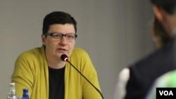 Slobodanka Dekić: Poenta obrazovanja nije da djeca imaju sve petice