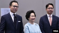 香港立法會議員郭榮鏗(左起)、前政務司司長陳方安生、立法會議員莫乃光共同召開記者會總結訪美行程。(美國之音湯惠芸攝)