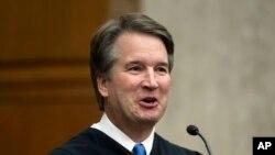 پرزیدنت ترامپ ۹ ژوییه قصد خود را مبنی بر معرفی قاضی «برت کاوانا» برای جایگزینی قاضی «آنتونی کندی» در دیوانعالی کشور اعلام کرد.