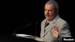 El expresidente Lula desde el principio guardó distancias del escándalo y aseguró que no sabía nada del asunto.