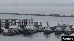 Корабли Морской охраны Украины, пришвартованные в порту Одессы, Украина (архивное фото)