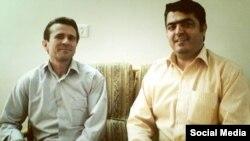اسماعیل عبدی(راست) در کنار جعفر عظیم زاده، فعال کارگری