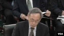 Menteri Energi AS Steven Chu menyampaikan keterangannya dalam sidang dengar pendapat di Kongres AS, Rabu (16/3).