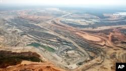 这是中国公司有兴趣购买的赞比亚境内的Equinox铜矿的俯瞰图