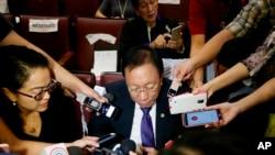 Luật sư trưởng chính phủ Philippines, Jose Calida, trong ngày tòa trọng tài ra phán quyết có lợi cho Manila trong tranh chấp Biển Đông với Trung Quốc.