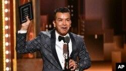 Sergio Trujillo fue galardonado con un premio Tony en Boradway el 9 de junio de 2019.