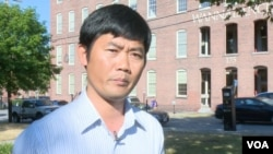 Kho Tararith is currently a professor in Cultural Studies at Middlesex Community College, in Lowell, Massachusetts. (VOA Khmer)