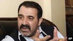 Братот на Хамид Карзаи убиен во атентат