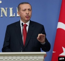 Turkiya Fransiyani qatliomda aybladi