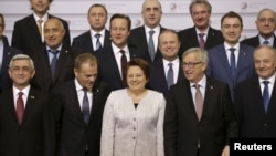 Heads of states and European Union officials pose for a picture before the Eastern Partnership Summit session in Riga, Latvia, May 22, 2015. REUTERS/Ints Kalnins - RTX1E2JR