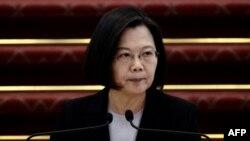 台灣總統蔡英文在台北總統府舉行的記者會上講話。 (2020年1月22日)