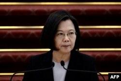 台灣總統蔡英文在台北總統府就防疫議題舉行的記者會上講話。 (2020年1月22日)