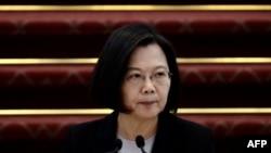 台湾总统蔡英文在台北总统府举行的记者会上讲话。(2020年1月22日)