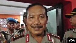Kapolri Jenderal Badrodin Haiti memberikan penjelasan kepada wartawan di Poso, Sulawesi Tengah, Selasa (17/11).