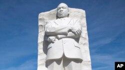 تندیس مارتین لوتر کنگ در شهر واشنگتن دی سی و در نزدیکی قصر سفید