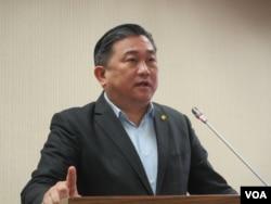 台湾民进党立委王定宇(美国之音张永泰拍摄)