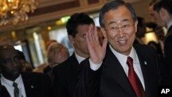 ملاقات حامد کرزی با بان کی مون در ترکیه