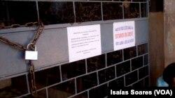 Portões fechadaos em Malanje