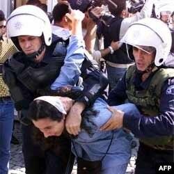 İnsan Hakları Gözlem Örgütü: Türkiye'de Polis Şiddeti Arttı