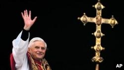 Papa Benedict atakanza kujiuzulu