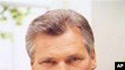 روس نے پولش صدرکازنسکی کے فضائی حادثے کی دستاویزات پولینڈ کے حوالے کردیں