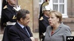 Merkel, Sarkozi kërkojnë traktat të ri për të kontrolluar shpenzimet