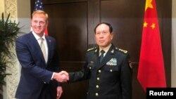 美國代理國防部長沙納漢同中國國防部長魏鳳和2019年5月31日在新加坡的一個亞洲安全峰會上舉行會談。