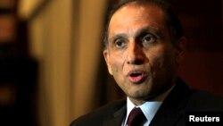 په واشنگټن کې د پاکستان سفیر اعزاز احمد چوهدري