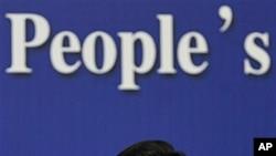 7일 베이징에서 열린 기자회견에서 미 의회의 대 중국 관세 법안을 비난한 진더밍 중국 상무장관.