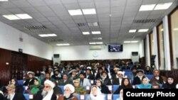 د تیرې چهارشنبې په ورځ ولسي جرګې د هغو اوو نوماندانو نومونه بیرته د افغانستان جمهوري ریاست ته ولیږل چې دوه ګونی تابعت یې لره
