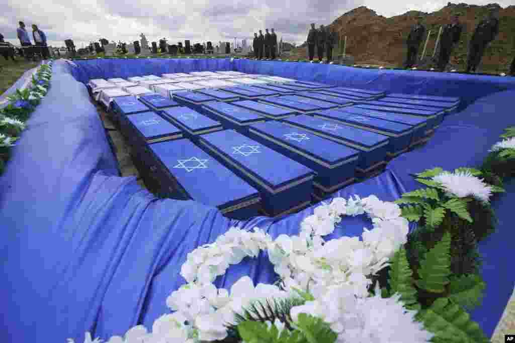 به تازگی یک گور دستجمعی از کشتههای هولوکاست در بلاروس پیدا شد و بقایای این قربانیان بعد از مراسمی رسمی به خاک سپرده شد. آلمان نازی میلیونها یهودی و خارجی را در طول جنگ جهانی دوم به قتل رساند.