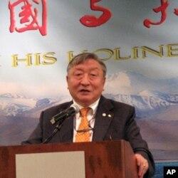 现任的达赖喇嘛中国谈判特使嘉日洛地