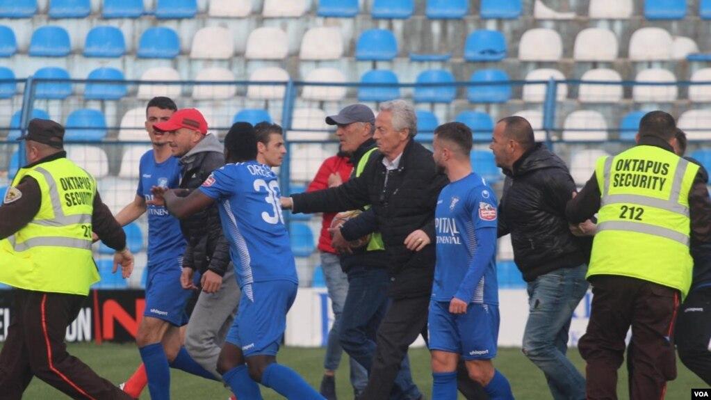 Shqipëri, burg për ushtruesit e dhunës në stadiume