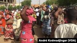 Dans les rues de la capitale du Tchad, le 30 mai 2018. (VOA/André Kodmadjingar)