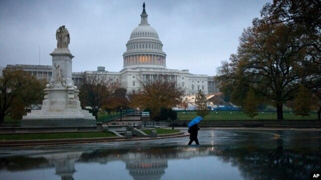El Capitolio y la Casa Blanca serán los escenarios de la batalla fiscal que se avecina entre el presidente Obama y el Congreso estadounidense.