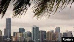 迈阿密的公寓大楼(资料照片)
