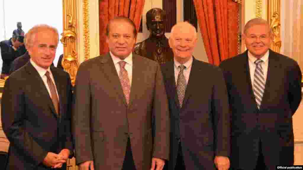 وزیرِ اعظم نواز شریف نے واشنگٹن میں بدھ کو ایک مصروف دن گزارا۔