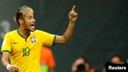 El seleccionador de Brasil para Río 2016 dijo que Neymar será la estrella de su proyecto.