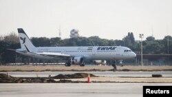 هواپیمای ایرباس ای ۳۲۱ که بعد از توافق هستهای به ایران فروخته، و تحویل داده شد.