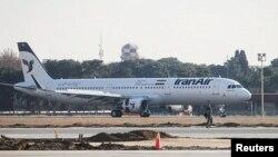 Pesawat Airbus A321 milik maskapai Iran Air mendarat di bandara Mehrabad, Iran (foto: ilustrasi).