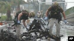 자살 폭탄테러 현장을 살펴보는 미군(자료사진)
