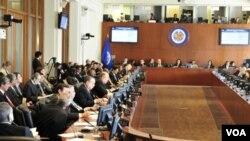 Los ministros de Relaciones Exteriores de los países miembros de la OEA se reunieron en Washington sin alcanzar ningún acuerdo.