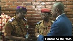 Le colonel Sidangaré, directeur de la justice militaire, en charge du dossier de l'assassinat de Thomas Sankara et du procès de leaders du putsch manqué. (VOA/Bagassi Koura)