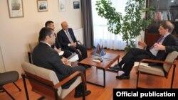 Kəmaləddin Heydərov NATO-da görüş keçirib